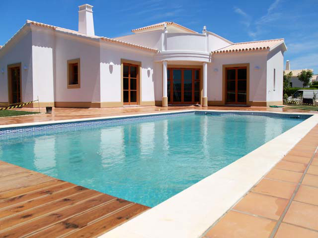 European Suppliers of Natural Pebble Pool Interiors, Europe, Swimming Pool Finishes, Interior Swimming Pool Finishes, Pebble Pool Finishes